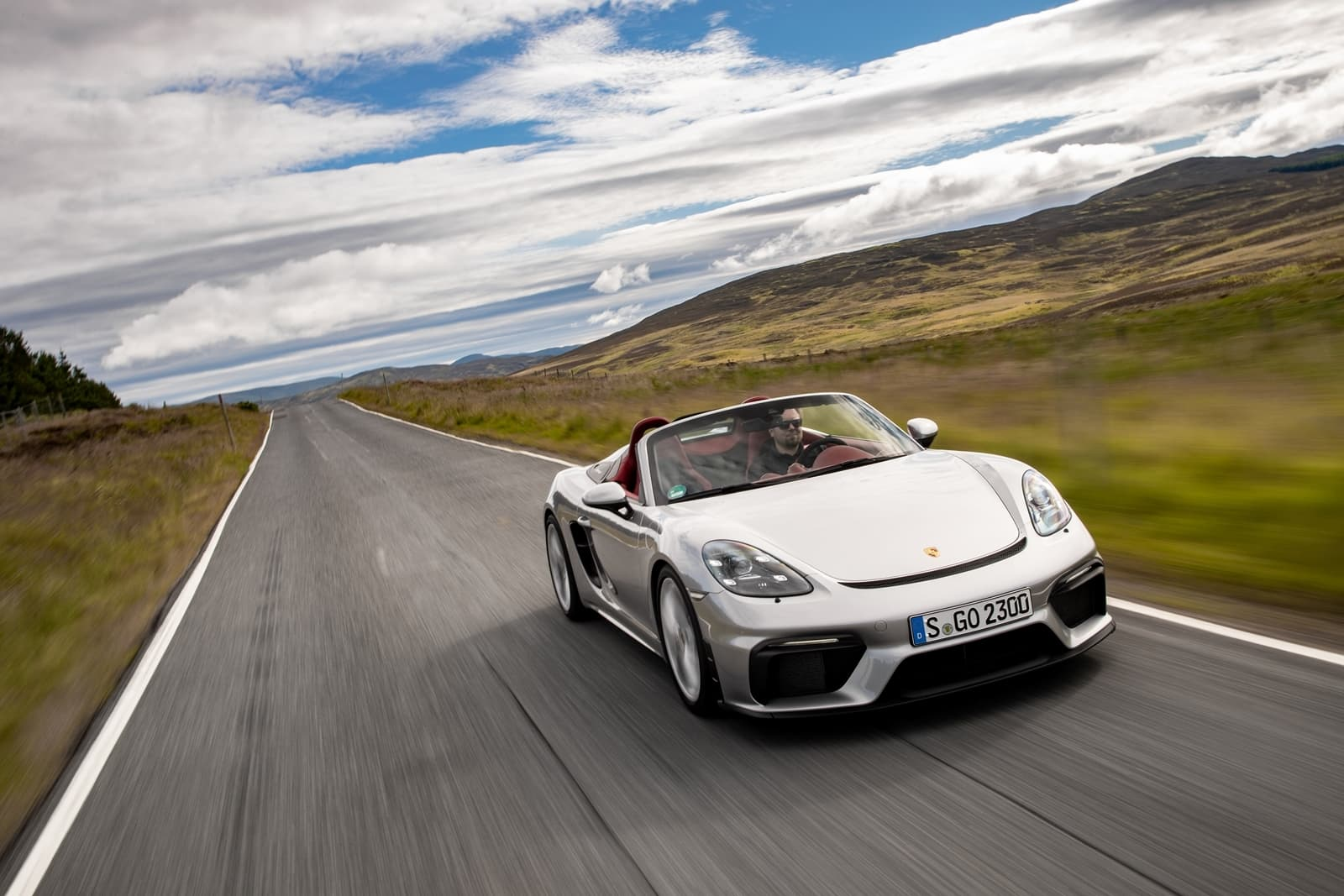 Porsche 718 Spyder 0719 021