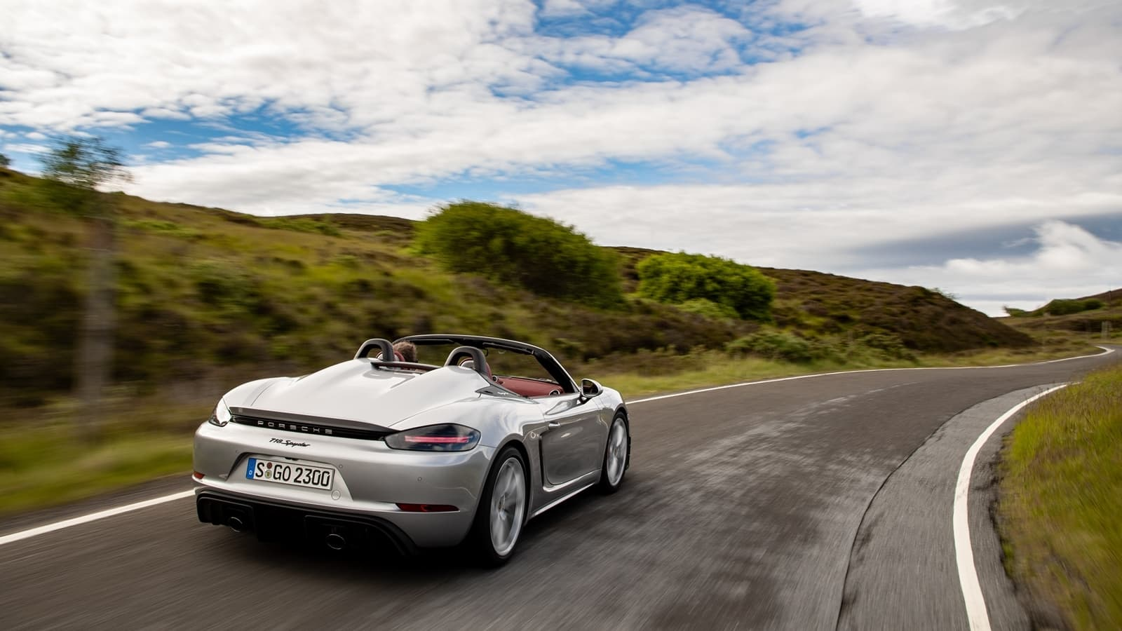 Porsche 718 Spyder 0719 038