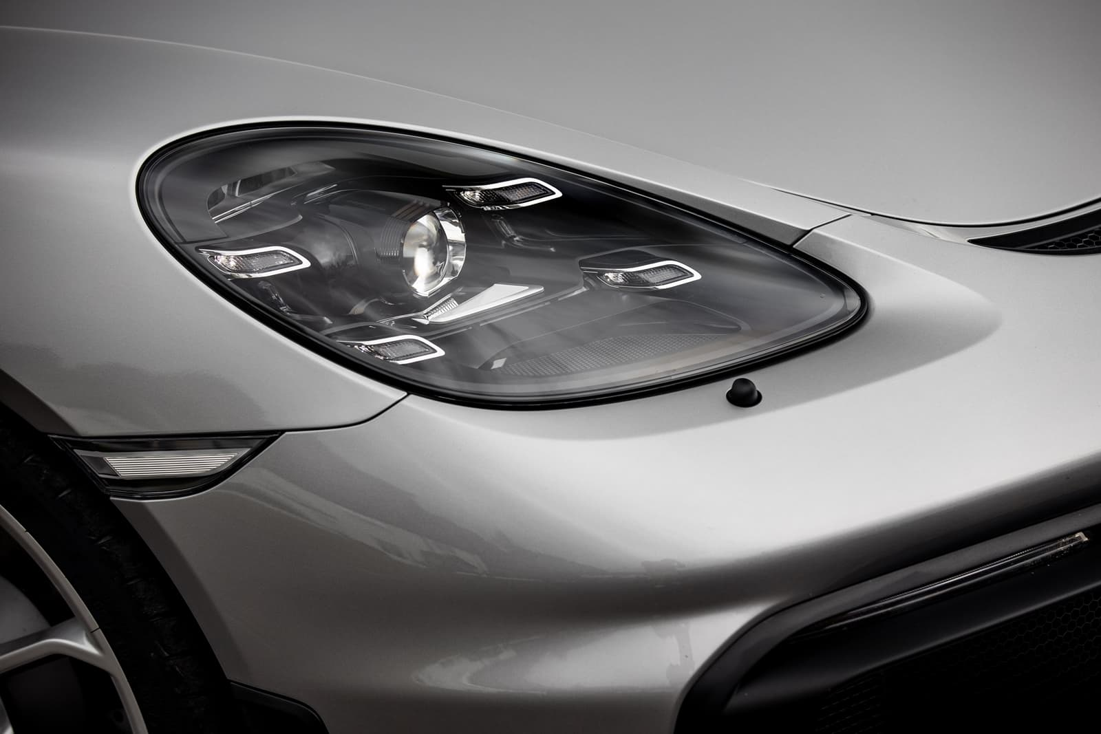Porsche 718 Spyder 0719 050