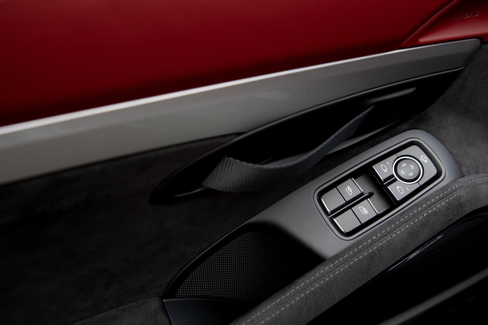 Porsche 718 Spyder 0719 064