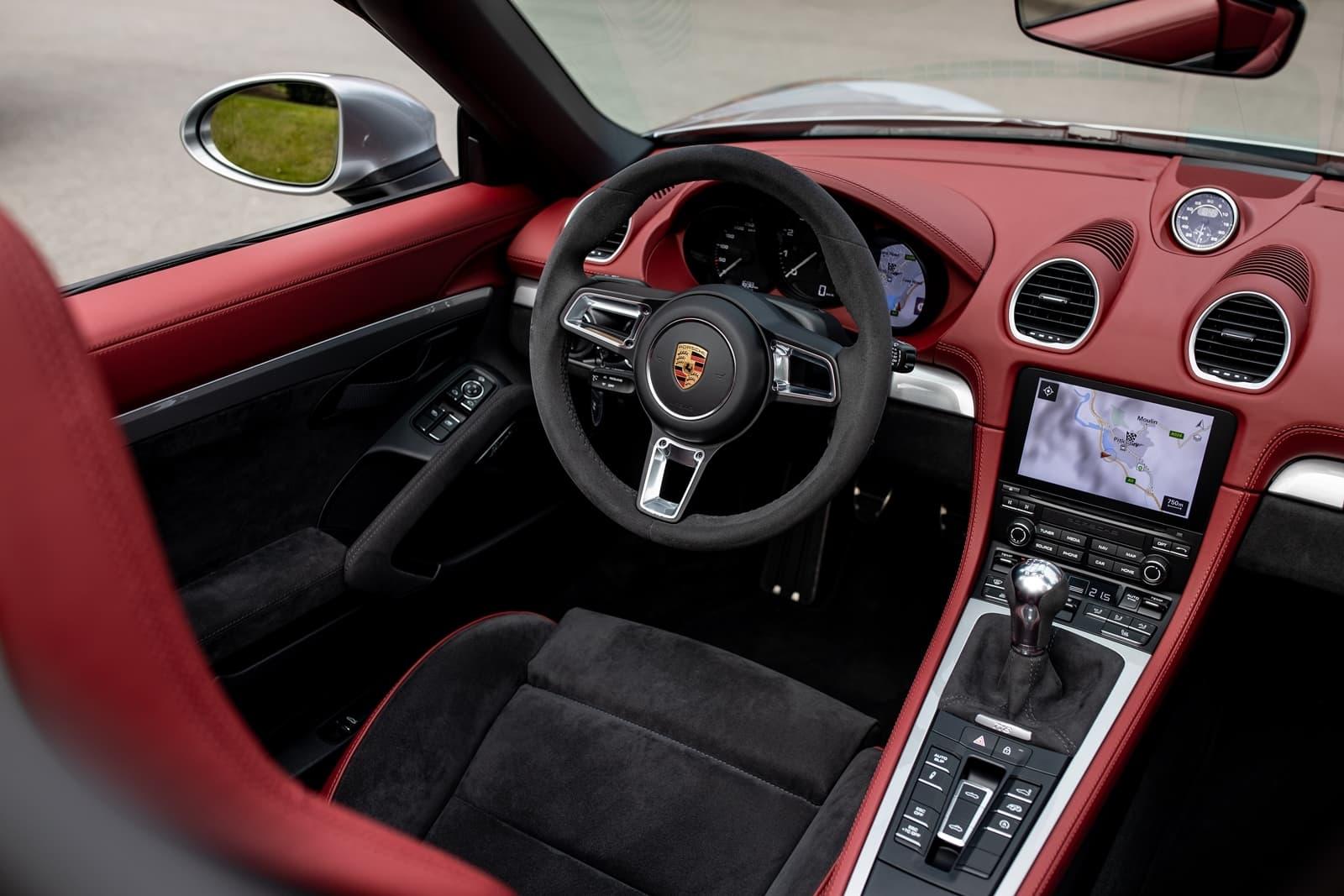 Porsche 718 Spyder 0719 071