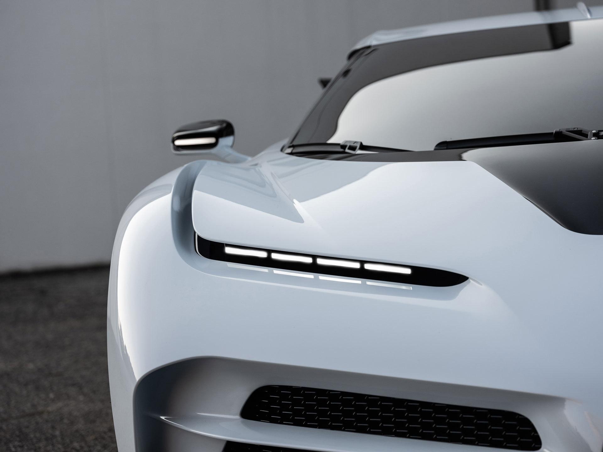 Bugatti Centodieci 6