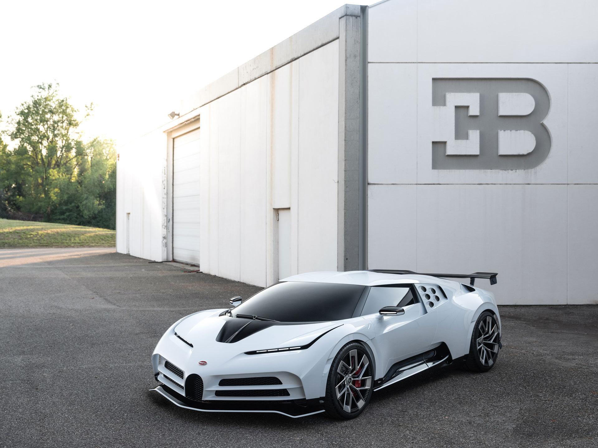 Bugatti Centodieci 8