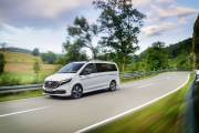 Mercedes Benz Eqv: Weltpremiere Für Die Erste Premium Großraumlimousine Mit Elektrischem Antrieb Mercedes Benz Eqv: World Premiere For The First Fully Electric Premium Mpv thumbnail