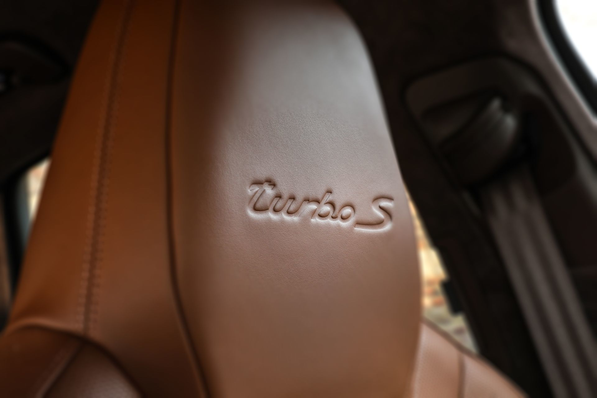 Prueba Porsche Cayenne Turbo S E Hybrid 23