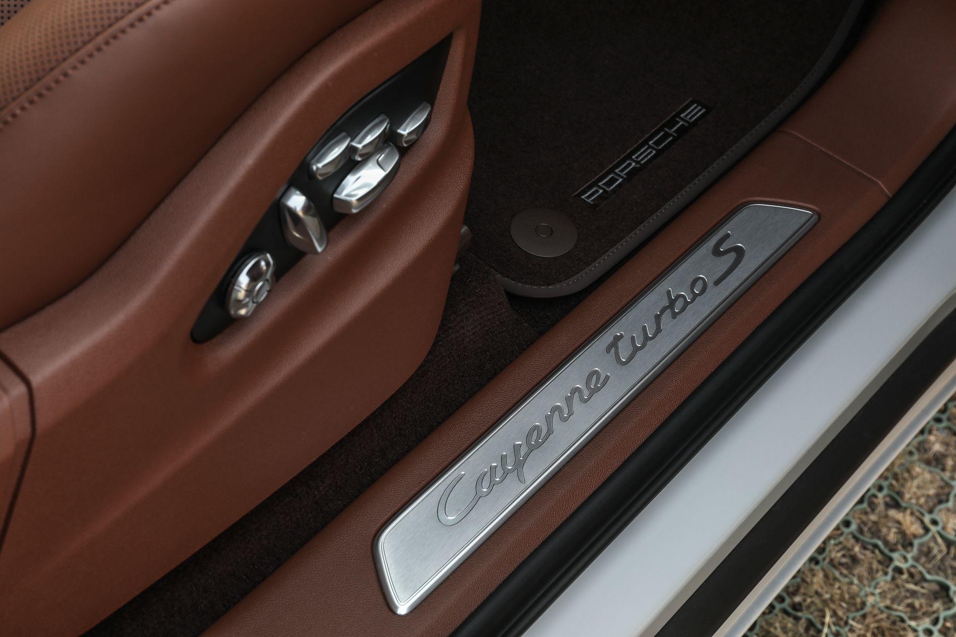 Prueba Porsche Cayenne Turbo S E Hybrid 28