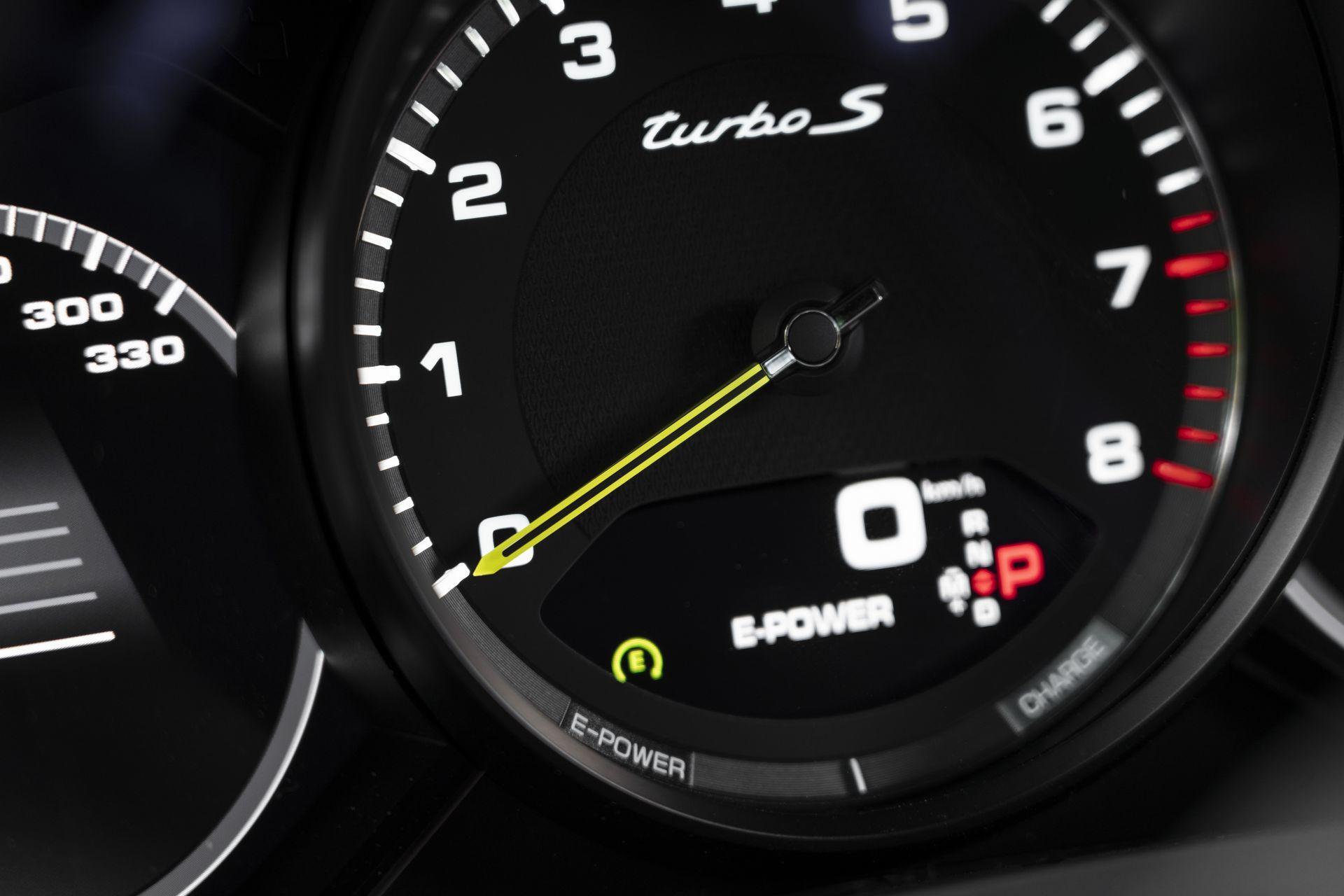 Prueba Porsche Cayenne Turbo S E Hybrid 34