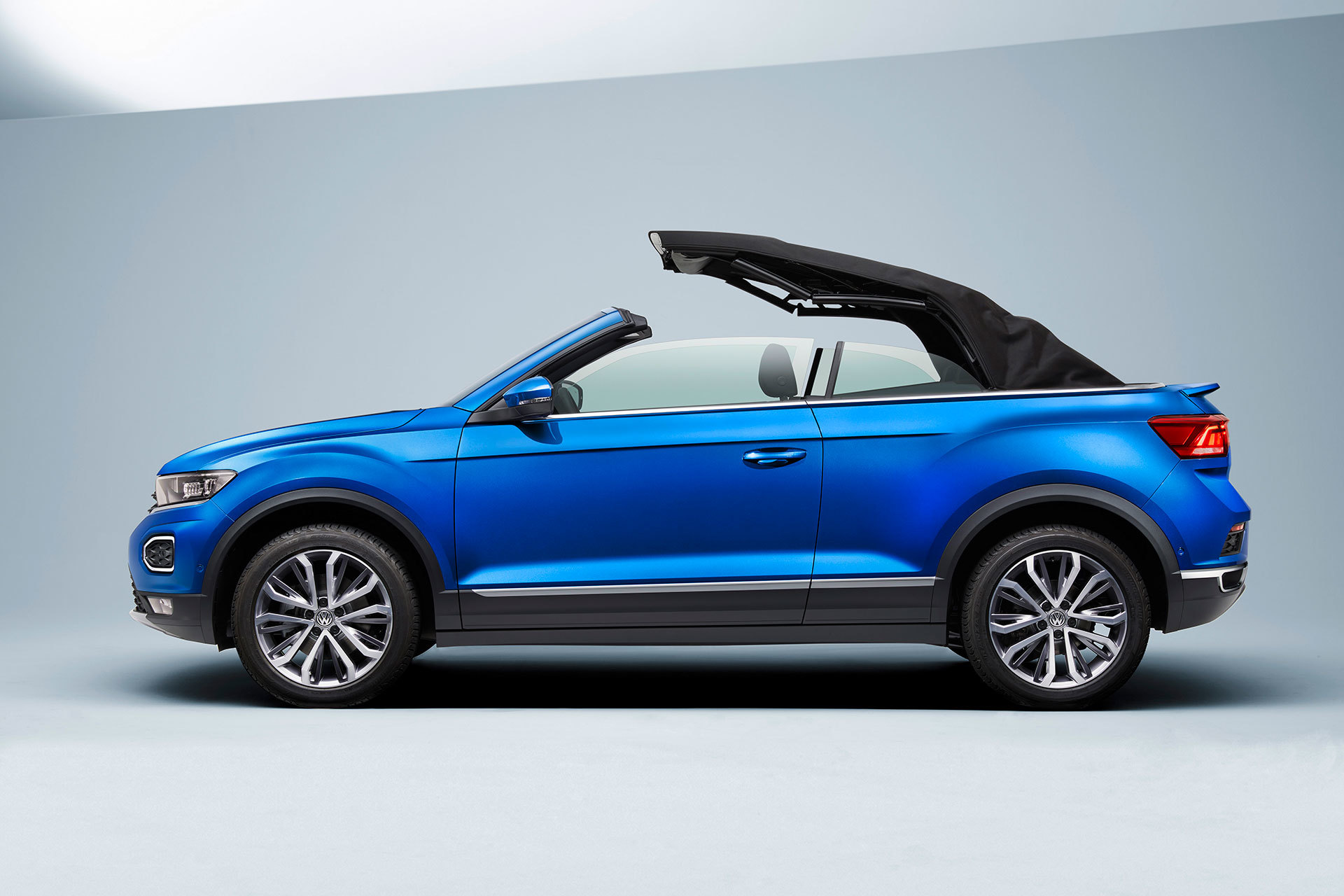Volkswagen T Roc Cabrio 2020 Azul Capota 08