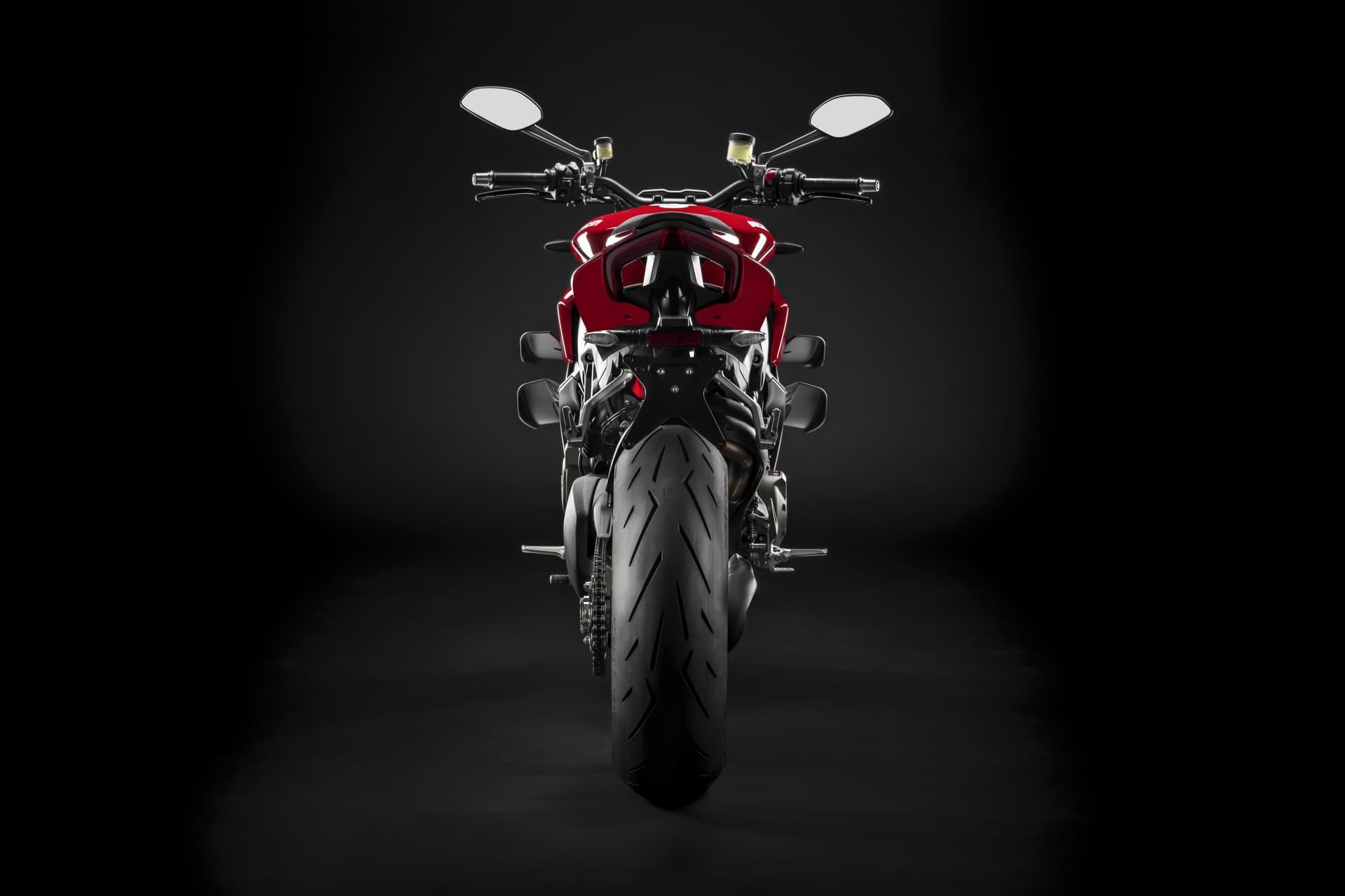 My20 Ducati Streetfigher V4 S 07 Uc101688 Mid