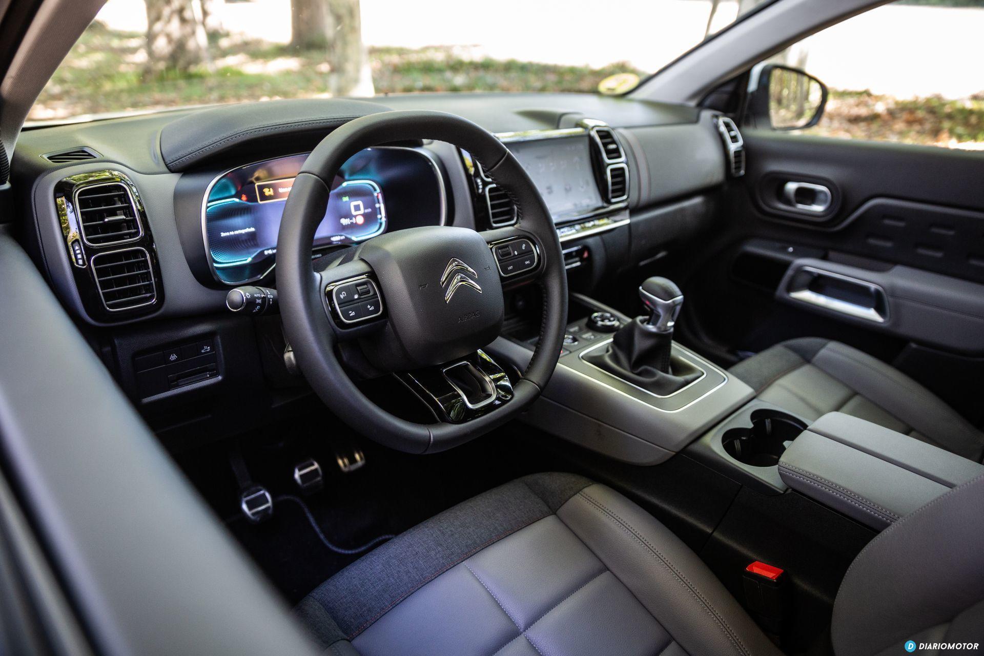 Citroen C5 Aircross Vs Peugeot 3008 5