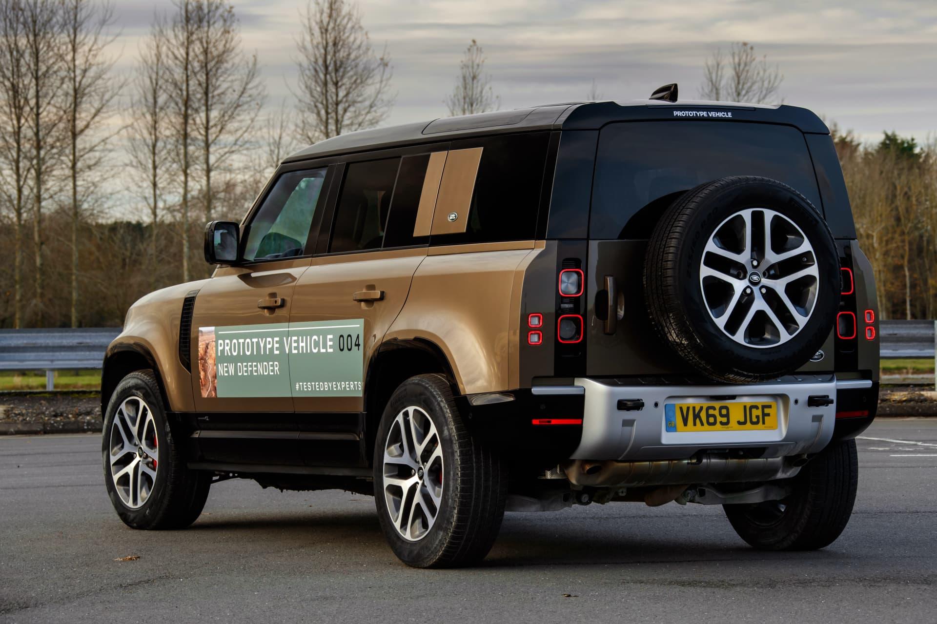 Land Rover Defender Exterior 00004