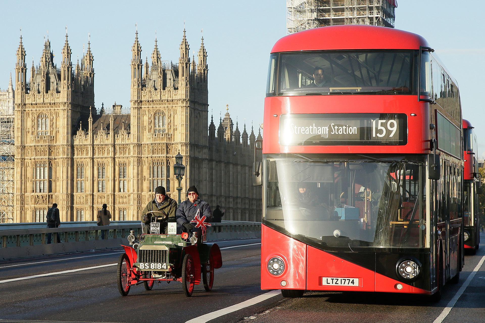 Diesel Gasolina 2035 Bus Londres