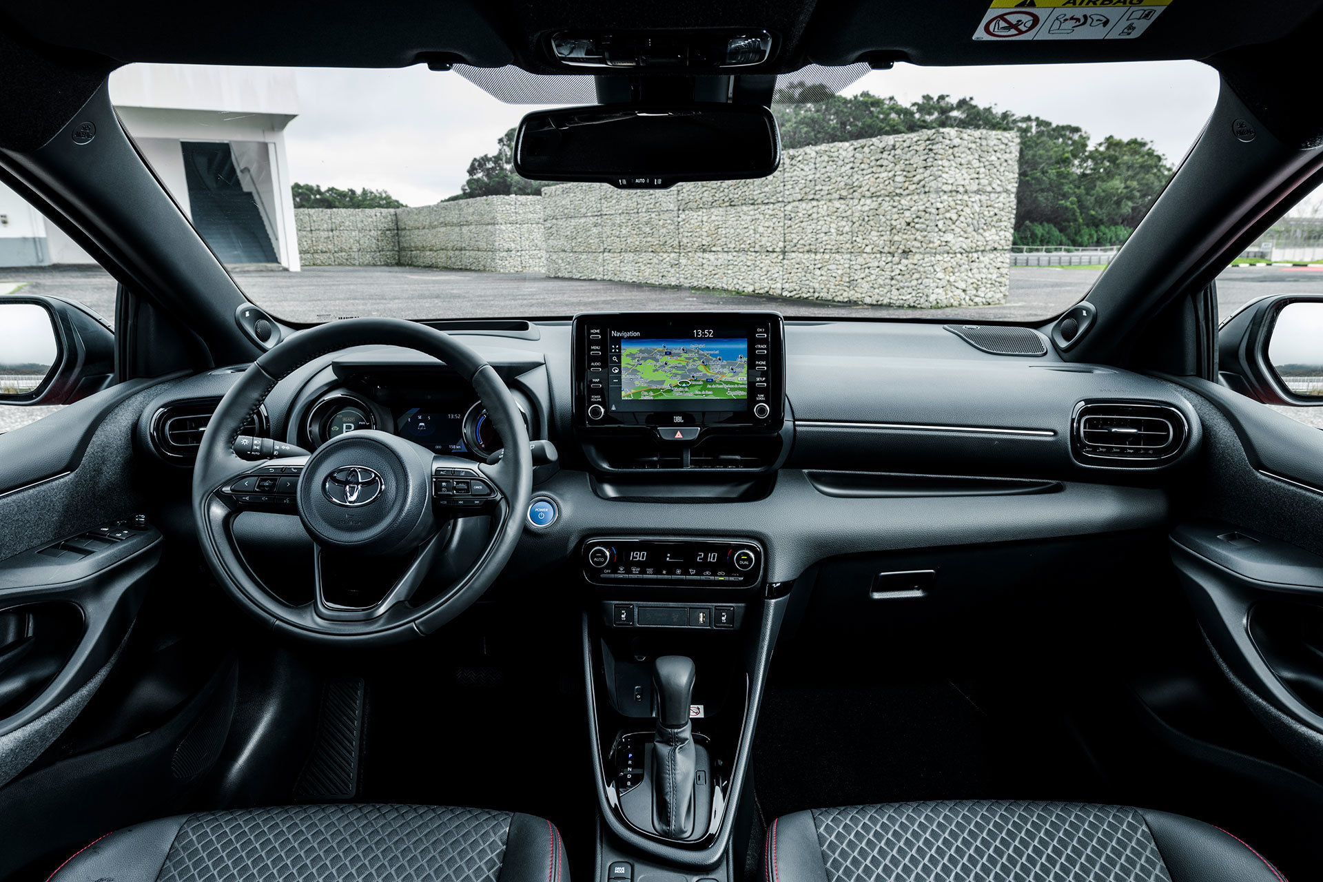 Toyota Yaris 2020 Interior 02