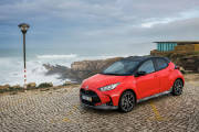 Toyota Yaris Hibrido 2020 Rojo Exterior 100 thumbnail