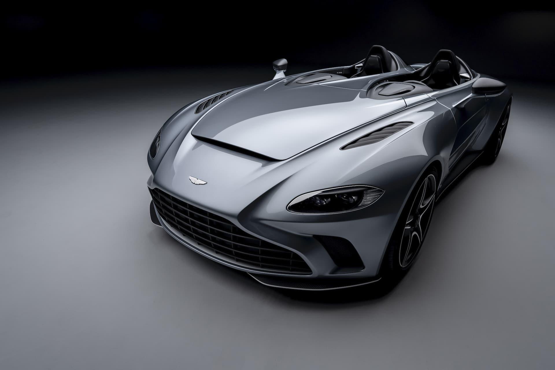 Aston Martin V12 Speedster 1