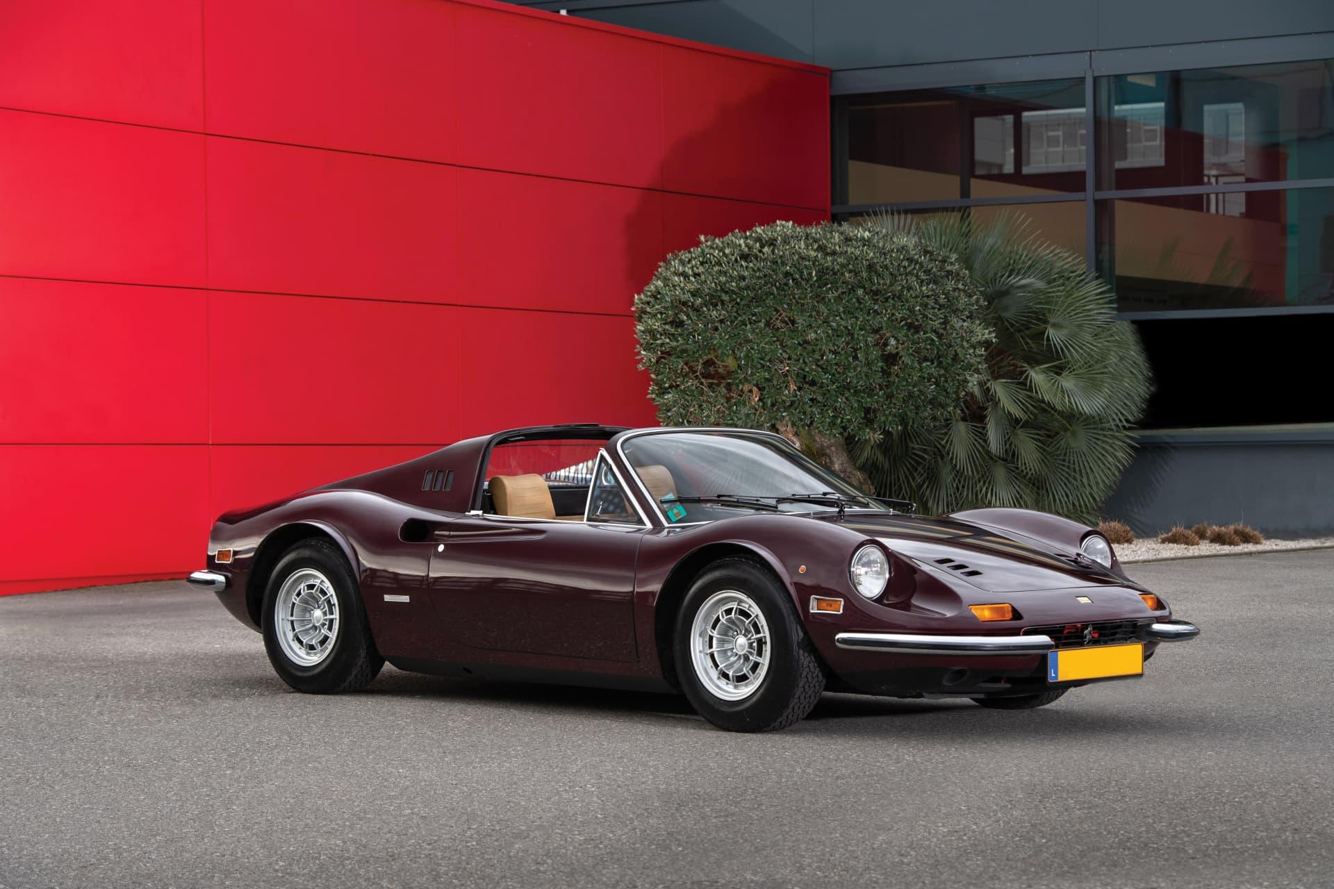 Este Es Uno De Los Ferrari Mas Elegantes Que Has Visto El Ferrari Dino De Una Celebre Actriz Francesa A La Venta Motors Addict