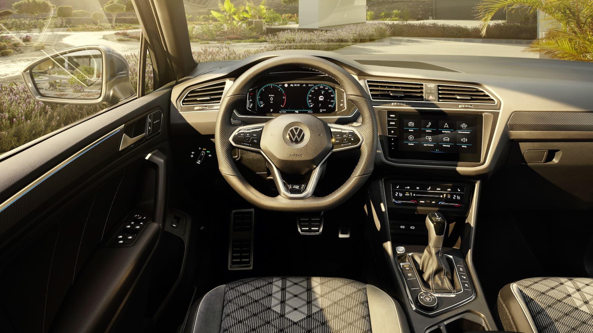 Interior Volkswagen Tiguan 2020 16