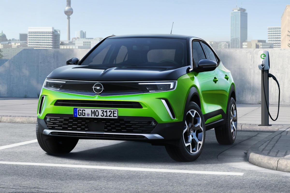 Opel Mokka E 2020 Verde 05