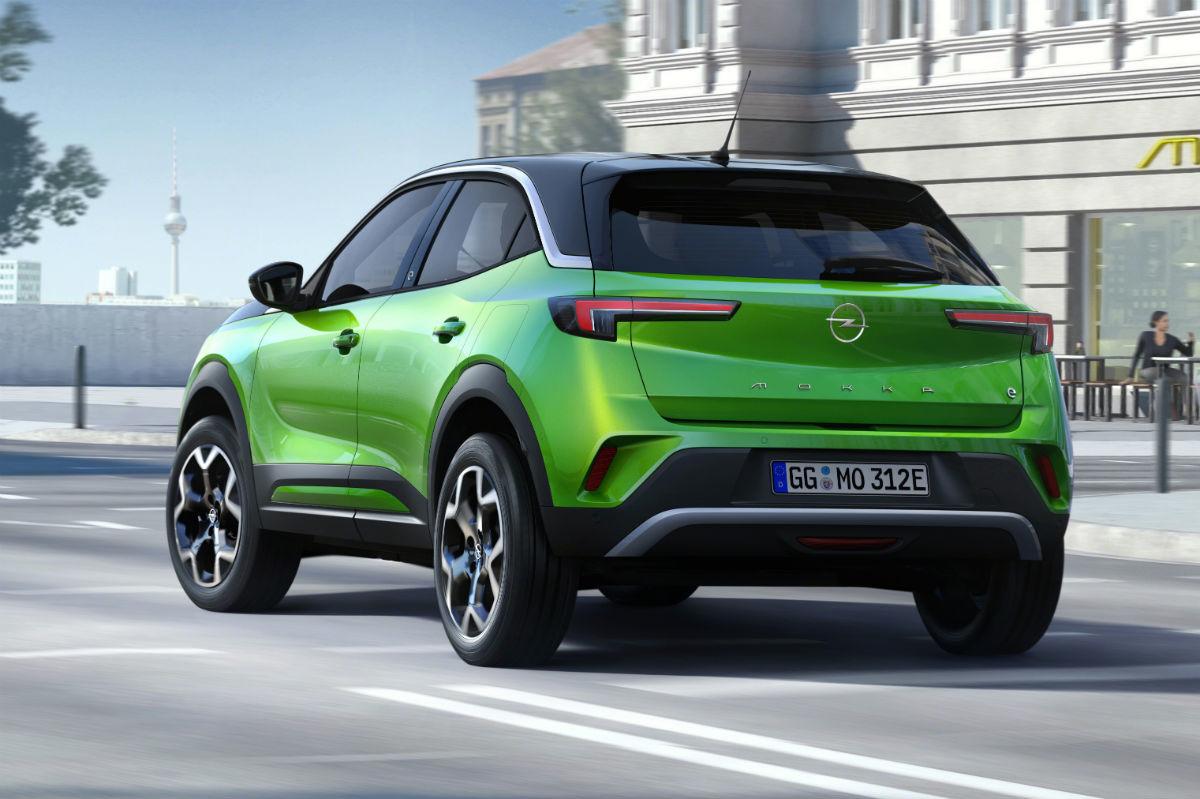 Opel Mokka E 2020 Verde 06