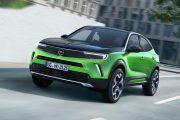 Opel Mokka E 2020 Verde 08 thumbnail