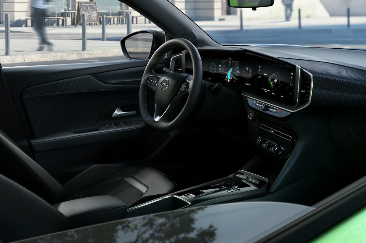 Opel Mokka E 2020 Verde 09