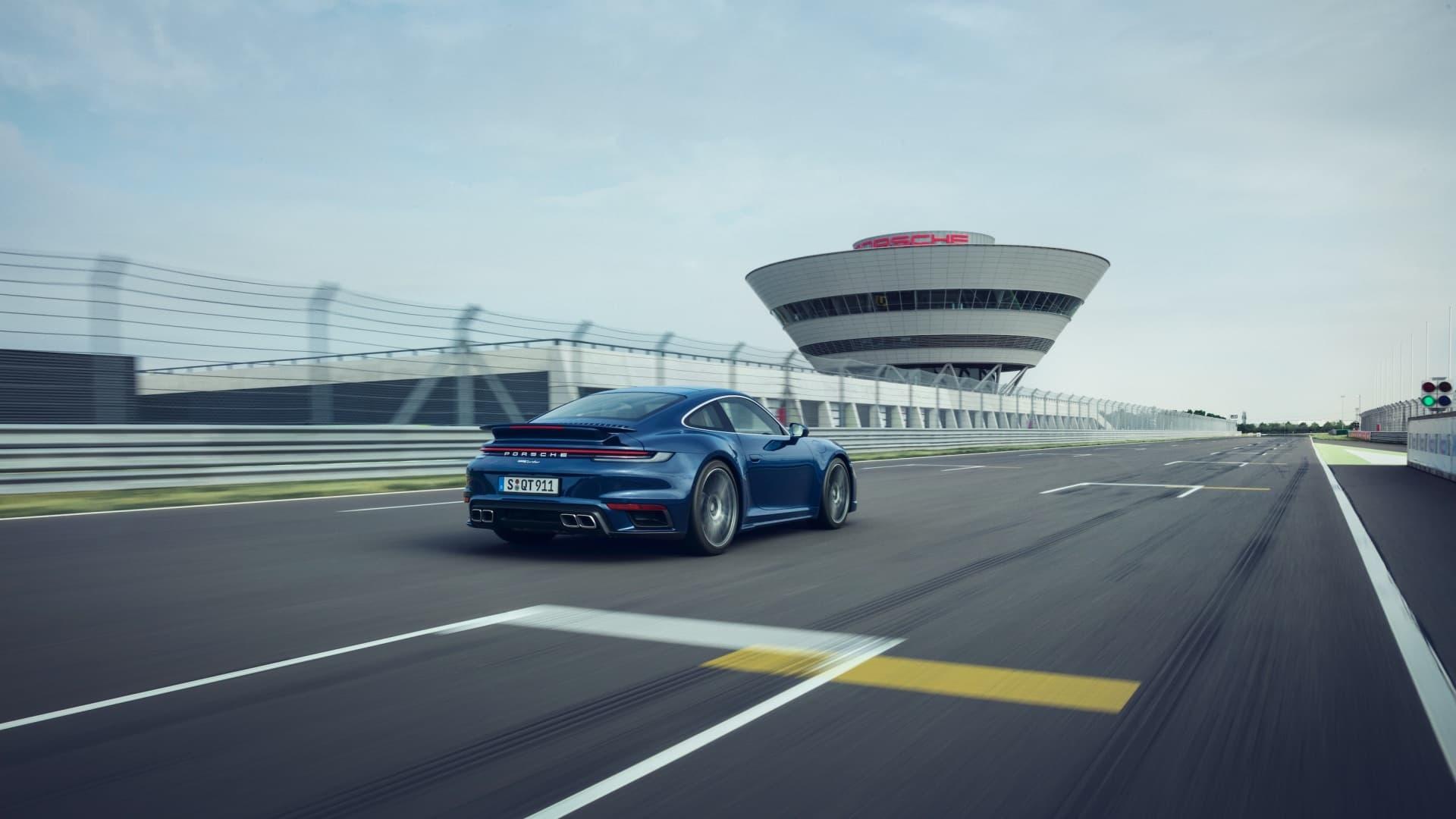 Porsche 911 Turbo 2020 Img 3