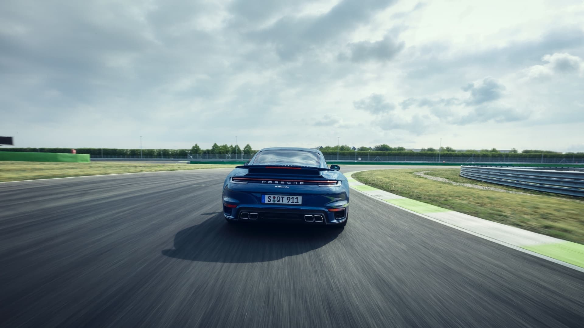 Porsche 911 Turbo 2020 Img 4