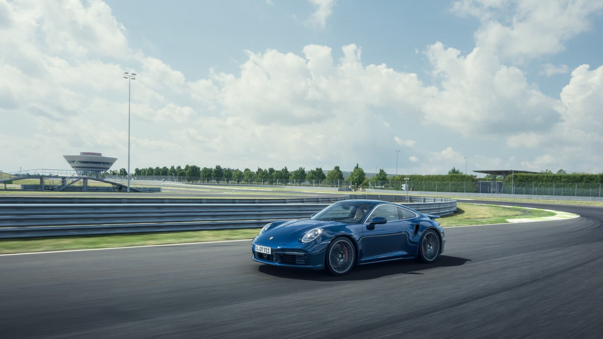 Porsche 911 Turbo 2020 Img 6