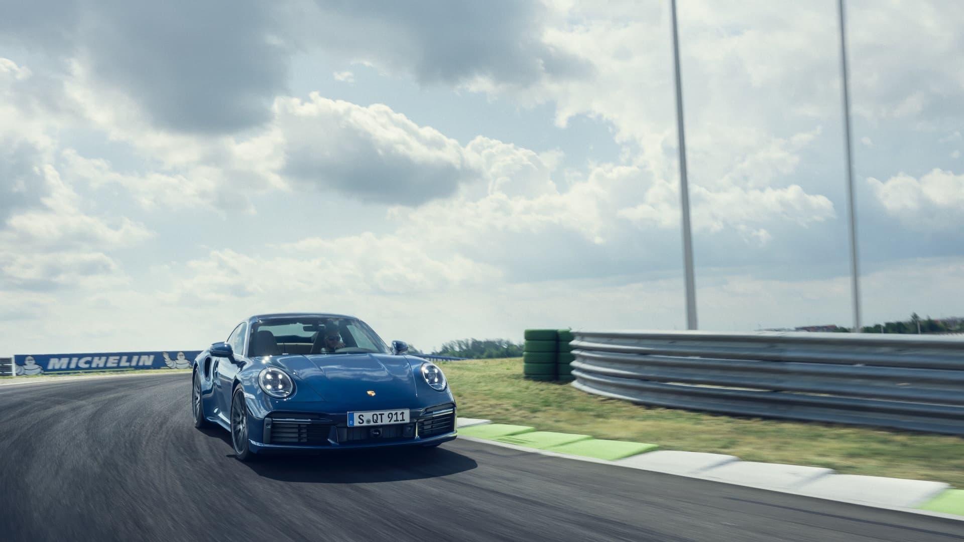 Porsche 911 Turbo 2020 Img 7