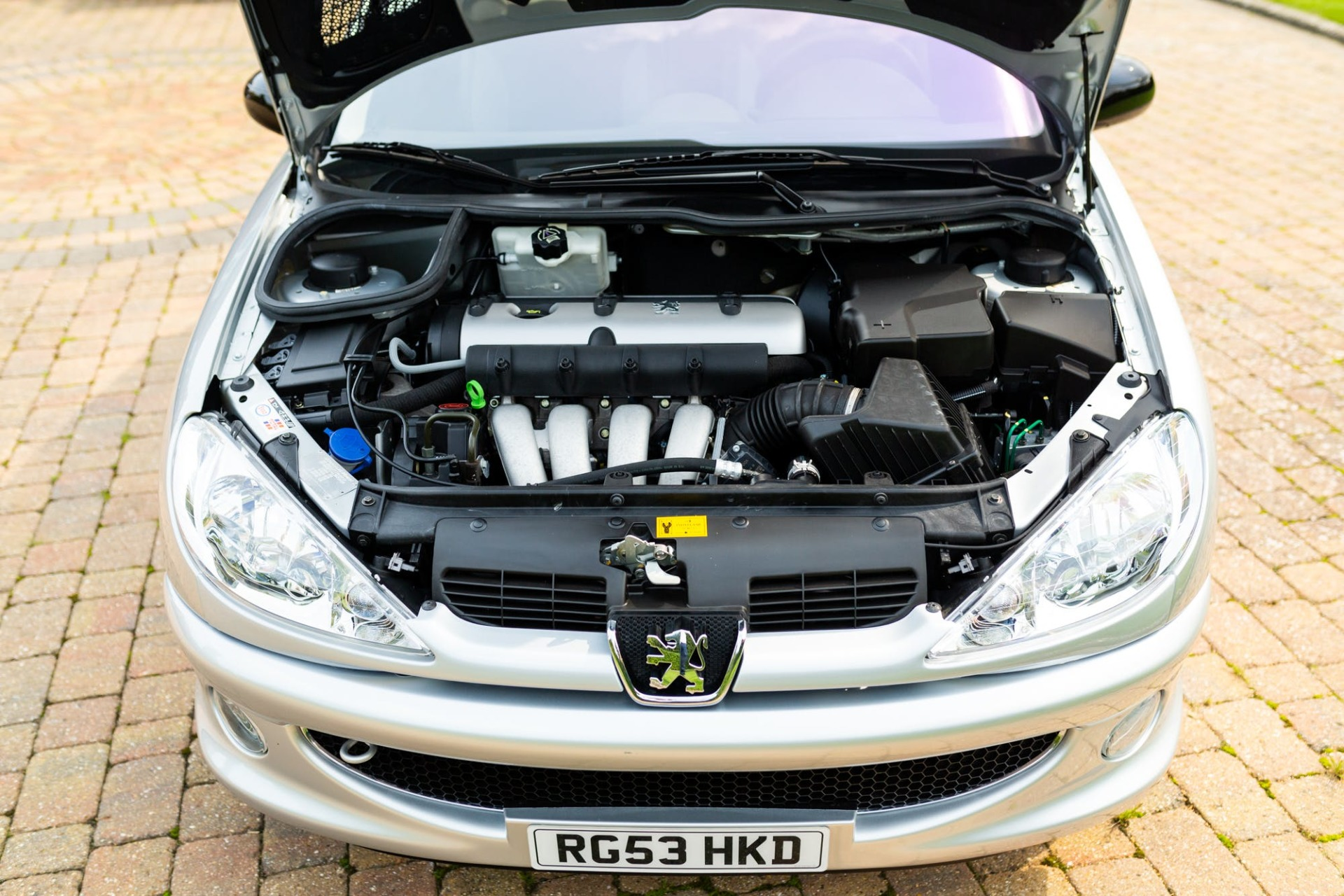 A Subasta El Impecable Y Divertidisimo Peugeot 206 Rc De Richard Burns Diariomotor