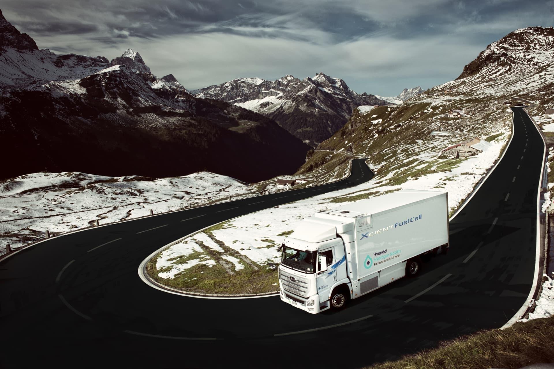 Hyundai Camion Xcient Fuel Cell Hidrogeno 04
