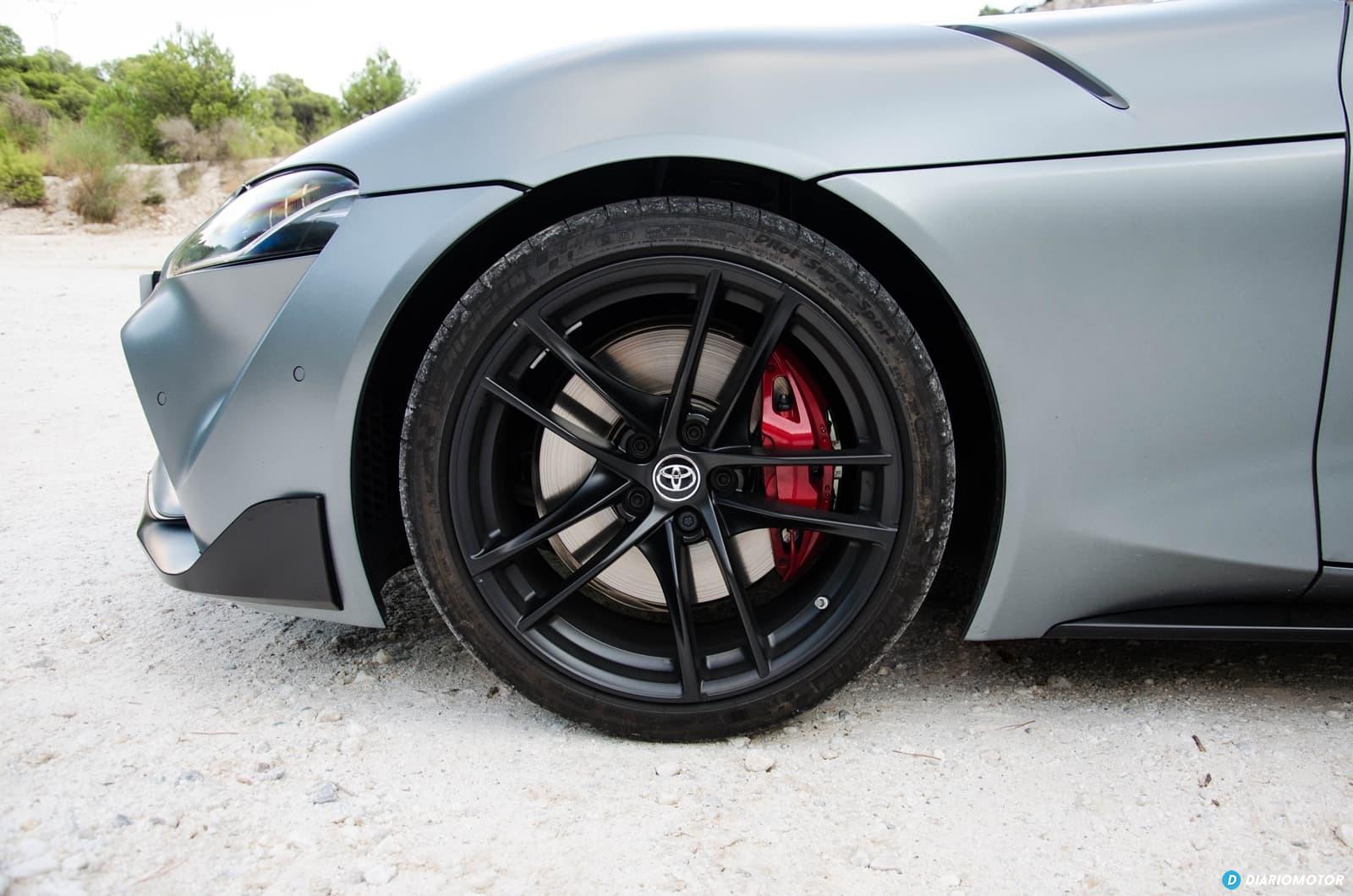 Toyota Supra A90 Edition llantas, frenos y ruedas