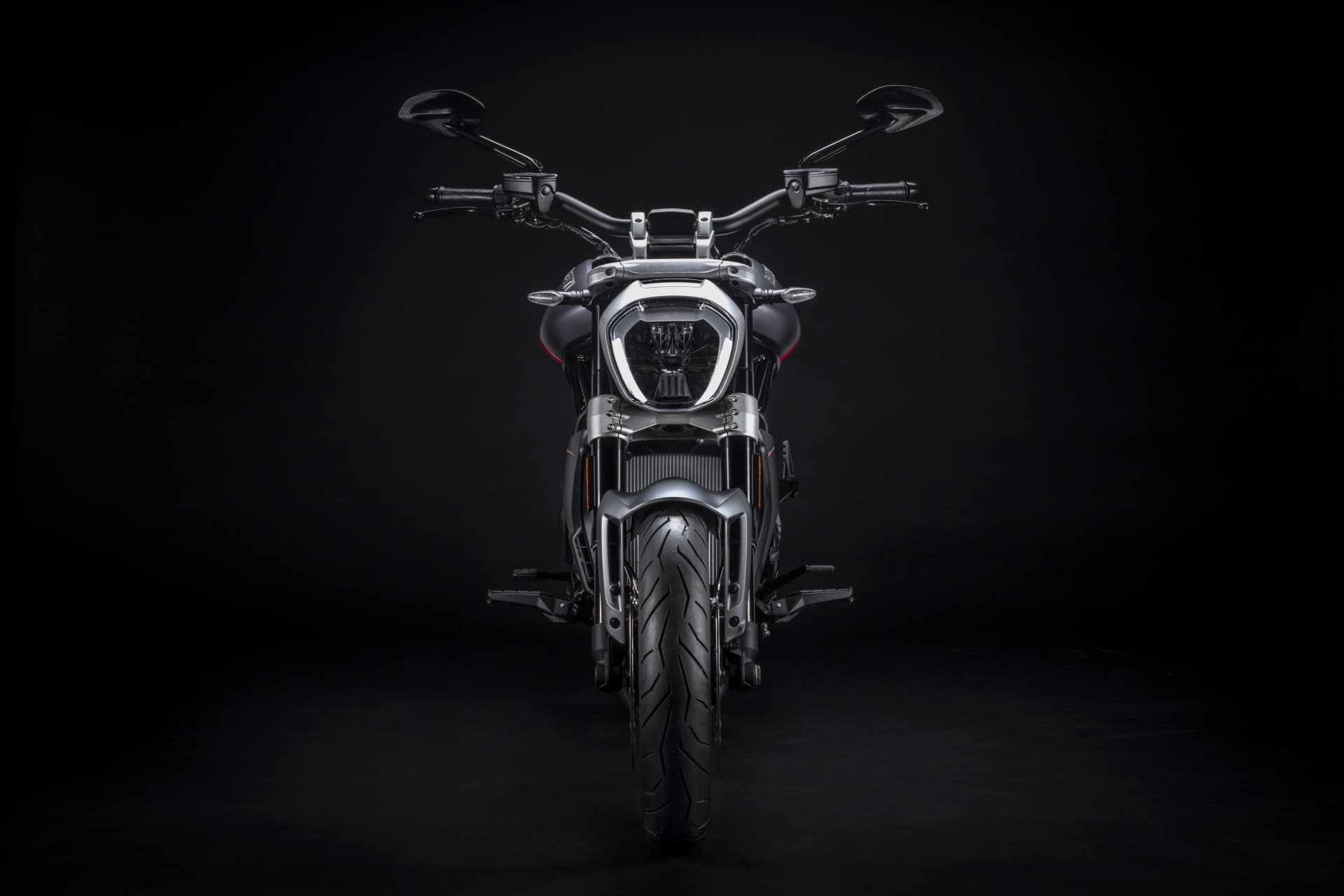 Ducati Xdiavel Black Star 2021 04