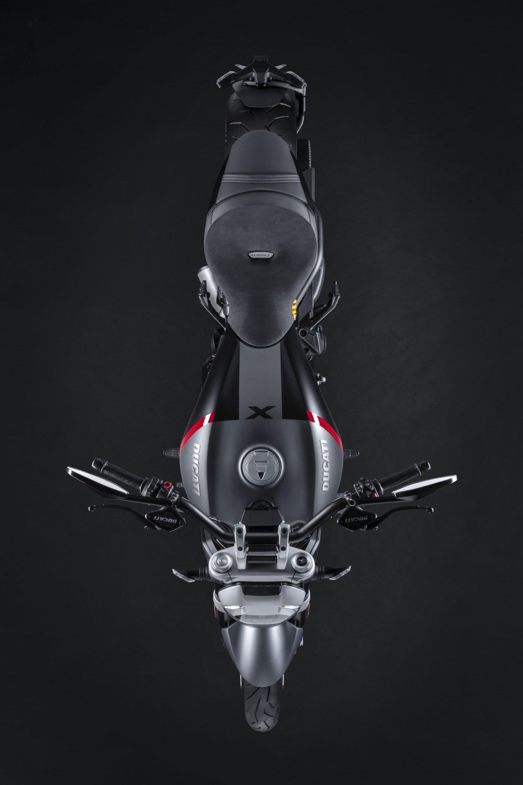 Ducati Xdiavel Black Star 2021 05