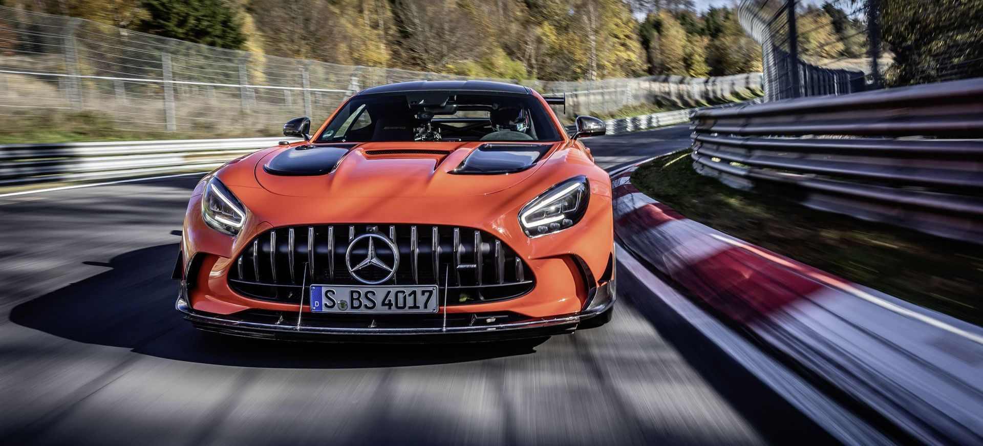 Mercedes Amg Gt Black Series Schnellstes Serienfahrzeug Auf Der Nürburgring Nordschleife Mercedes Amg Gt Black Series Is Fastest Series Production Car On The Nürburgring Nordschleife
