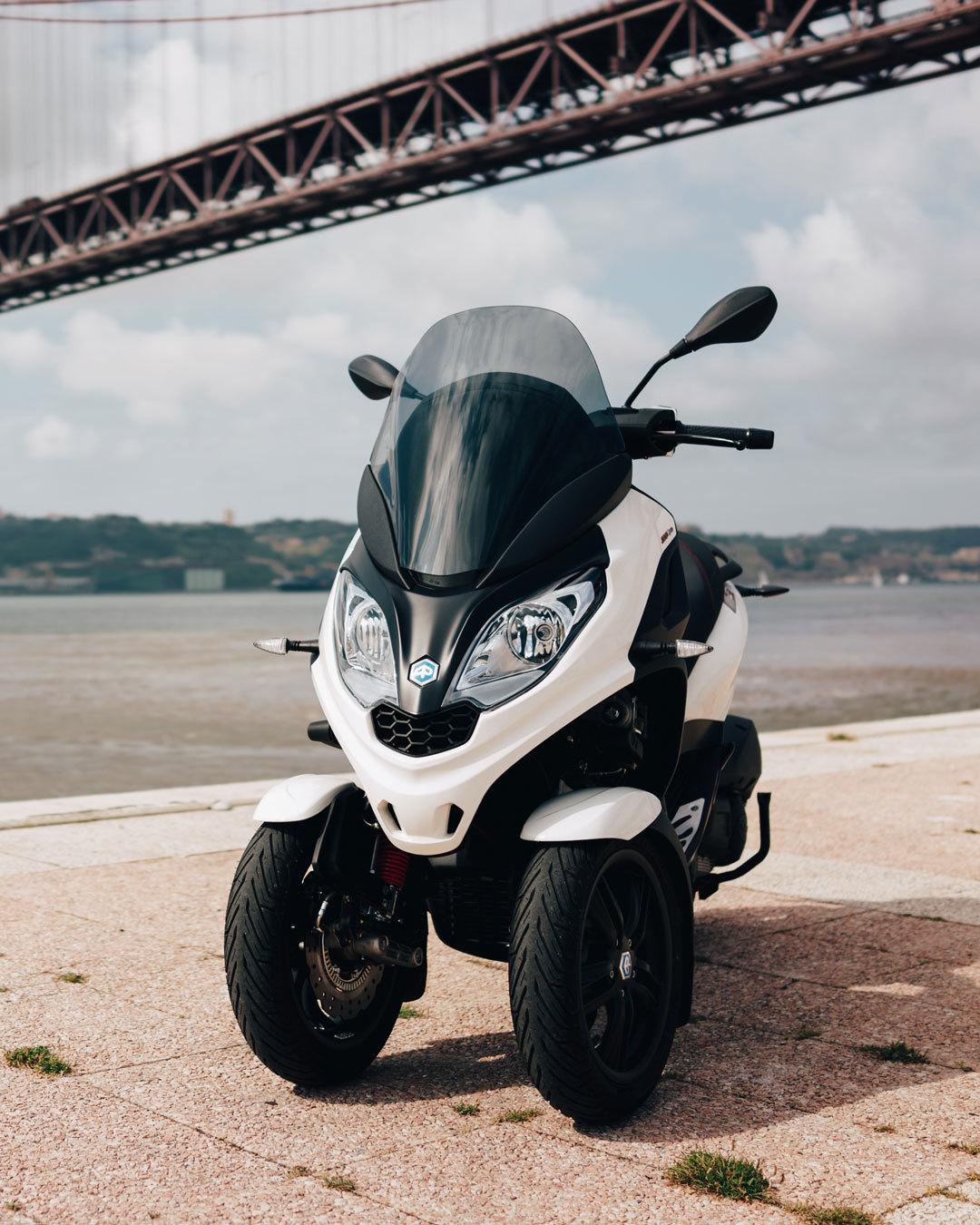 Piaggio Mp3 Scooter 3 Ruedas 03