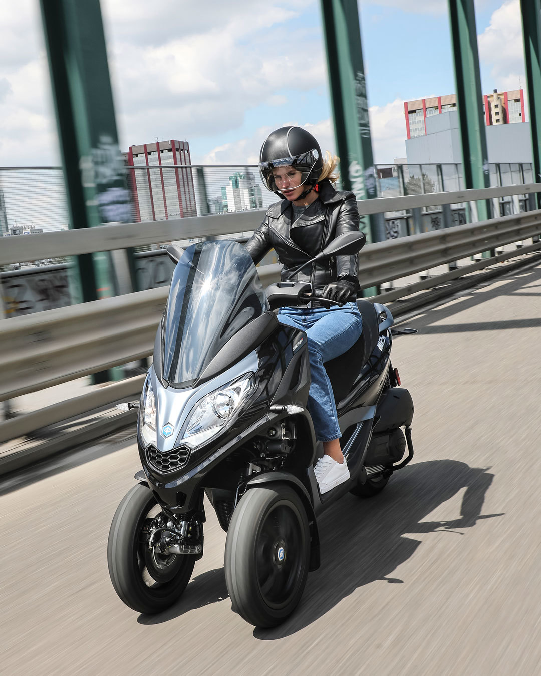 Piaggio Mp3 Scooter 3 Ruedas 05