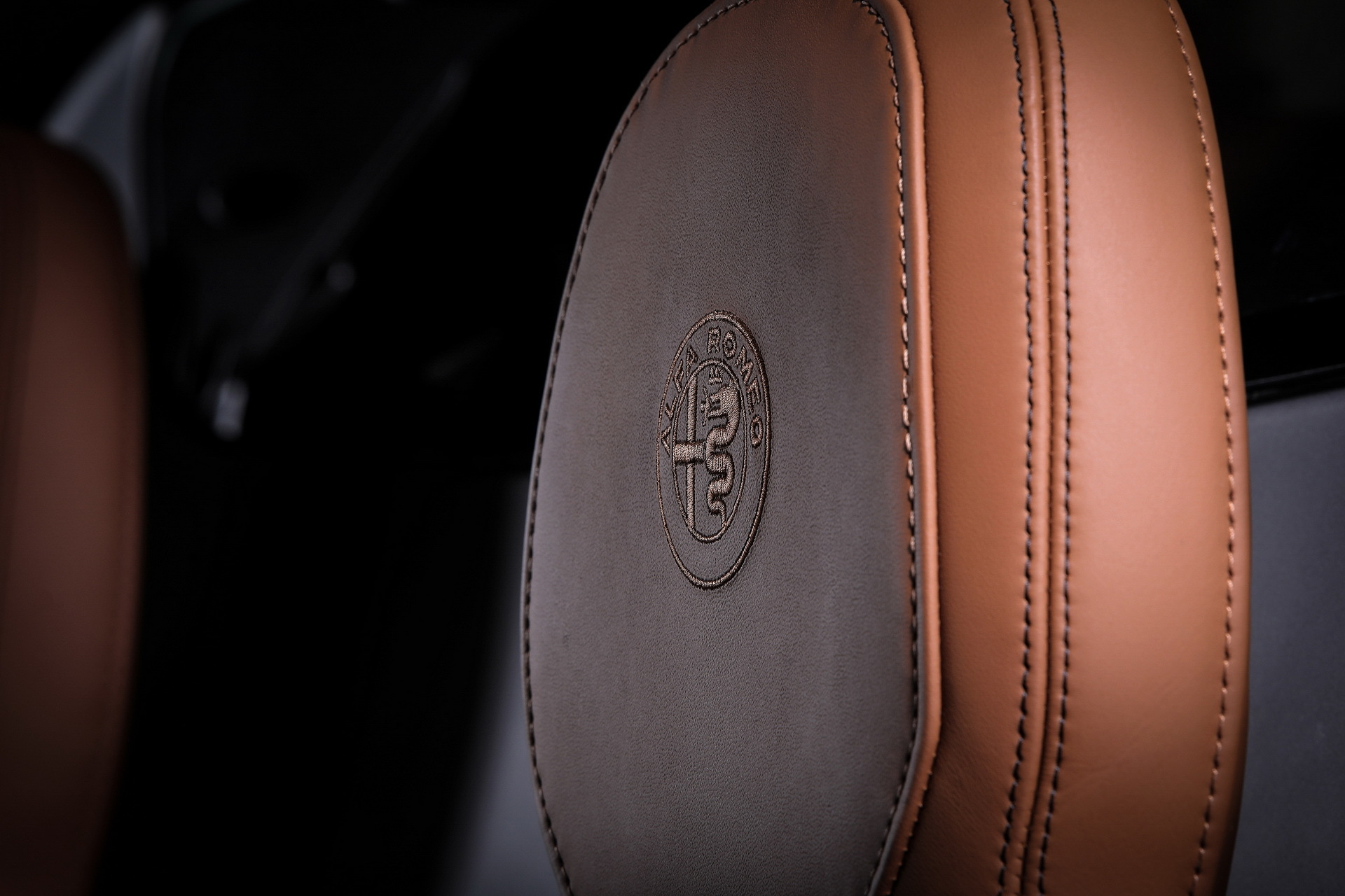 Alfa Romeo 4c 33 Stradale 11