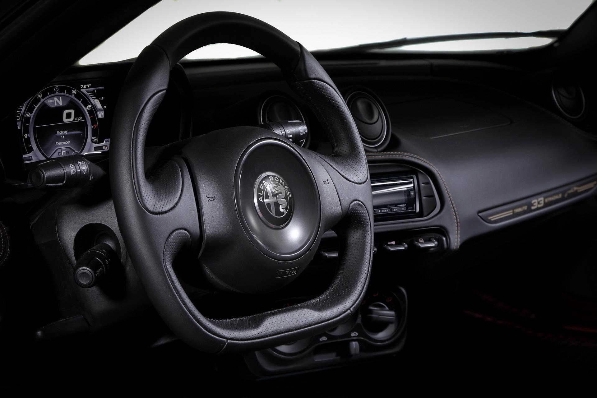 Alfa Romeo 4c 33 Stradale 13
