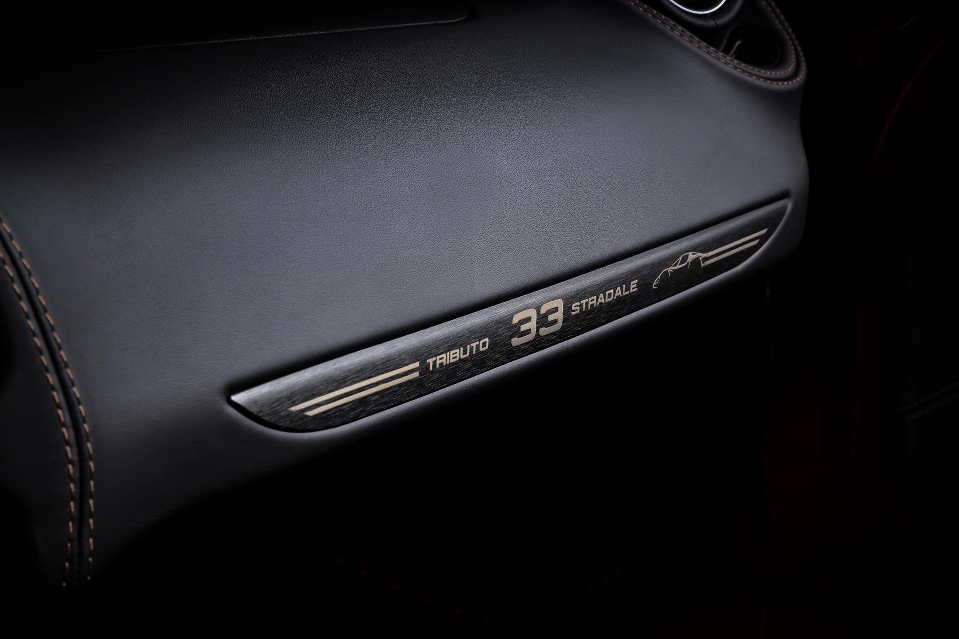 Alfa Romeo 4c 33 Stradale 14
