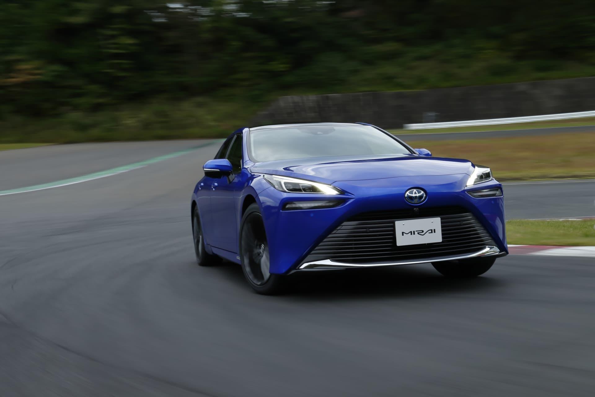 Toyota Mirai 2021 03