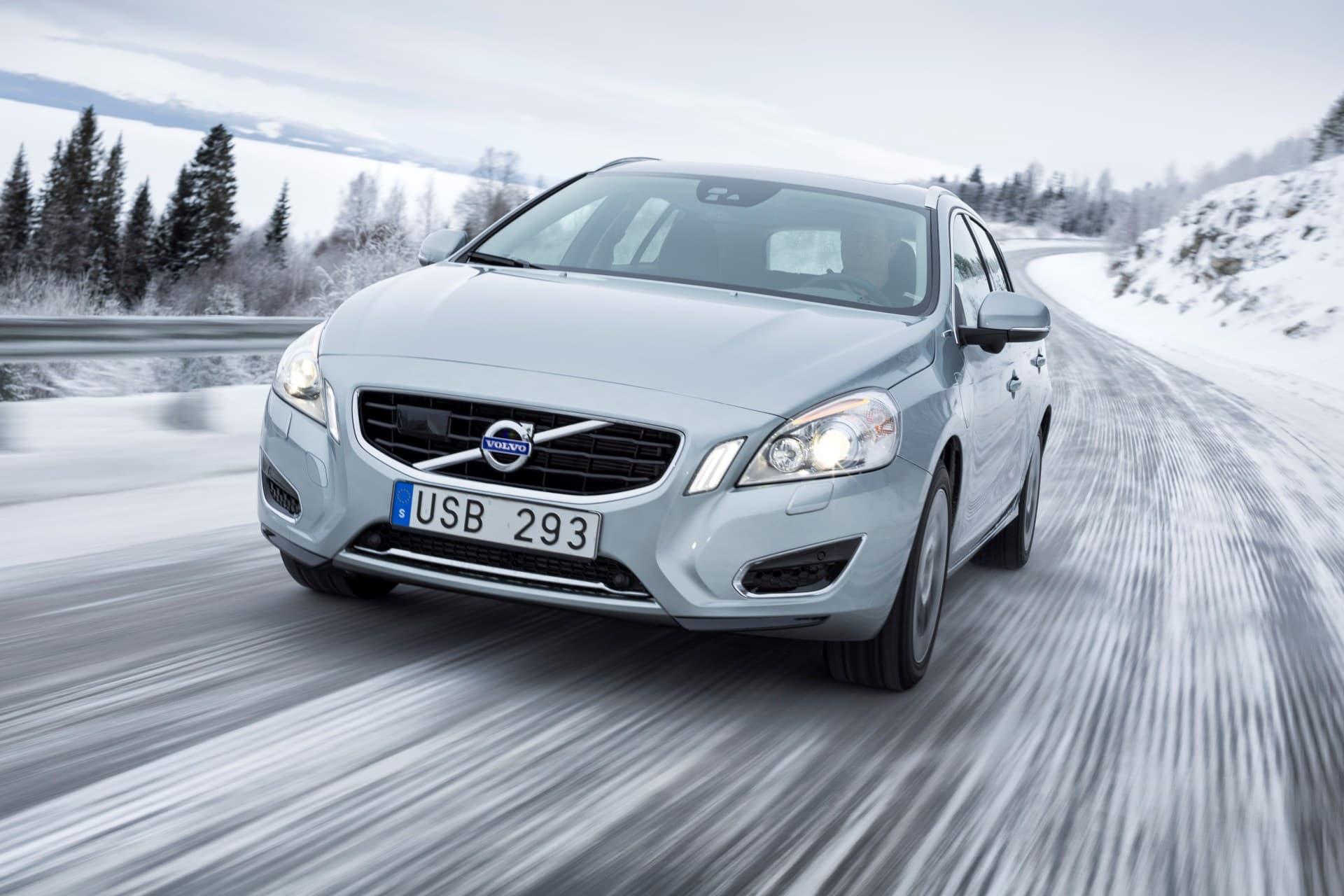 Consejos Conducir Nieve Hielo Frio Invierno Volvo V60