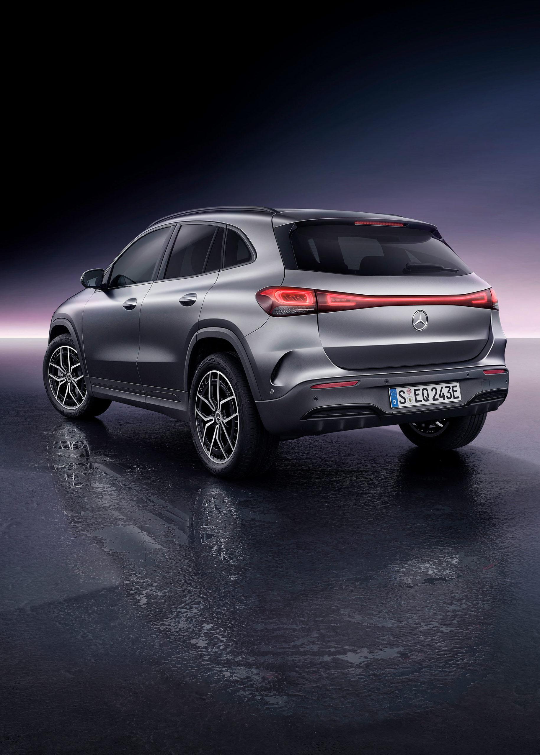 Mercedes Eqa Movimiento 2021 66