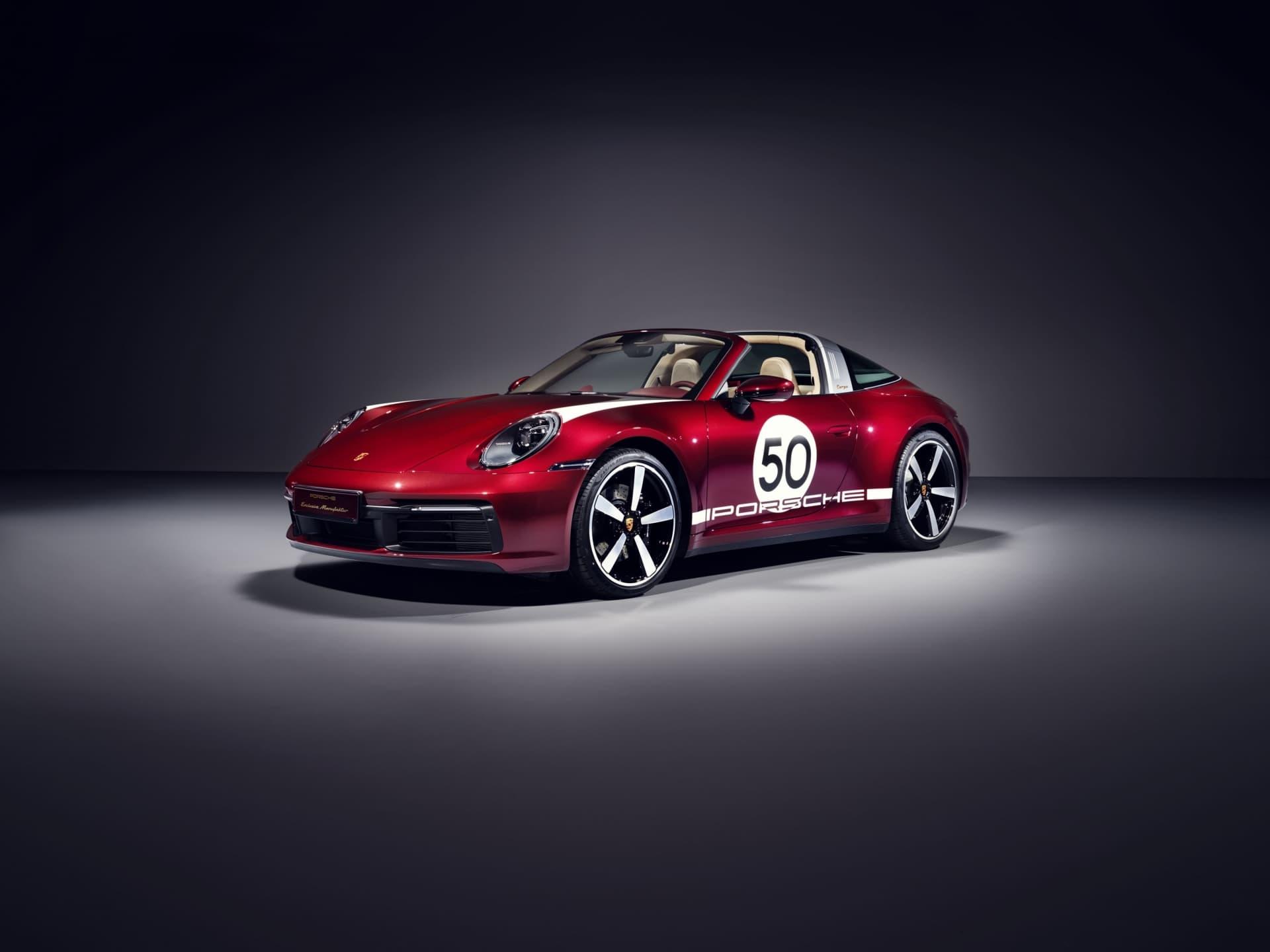 Porsche 911 Targa Heritage Design Edition 01