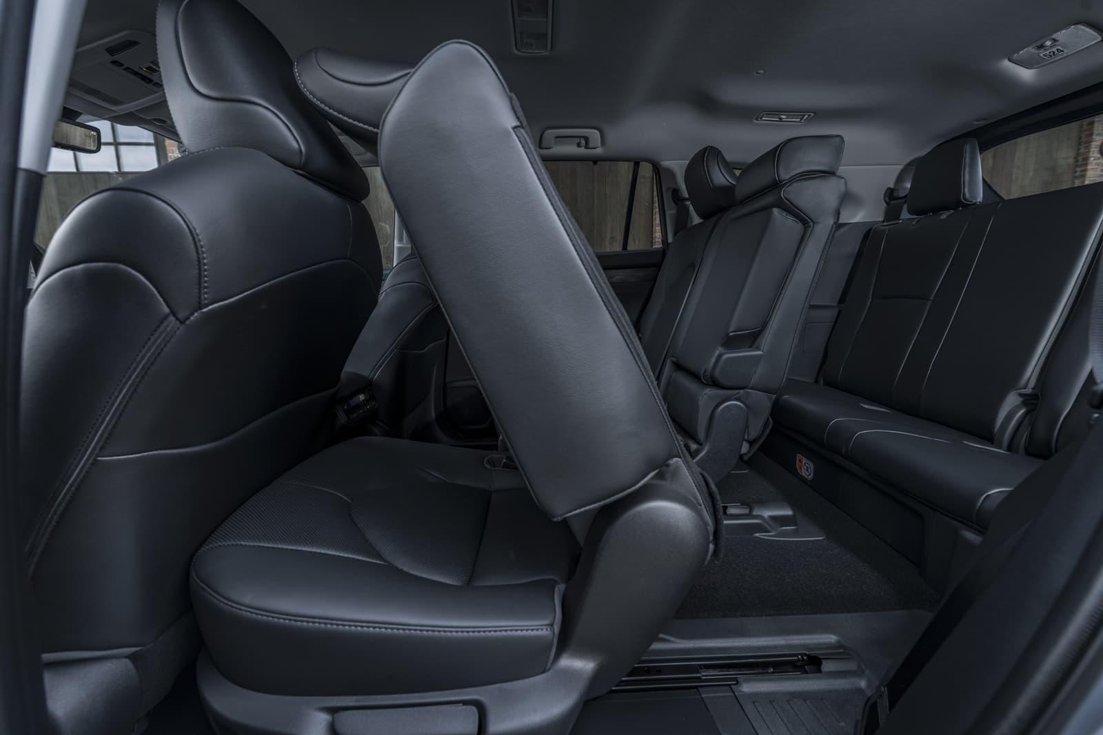 Toyota Highlander 2021 0121 063