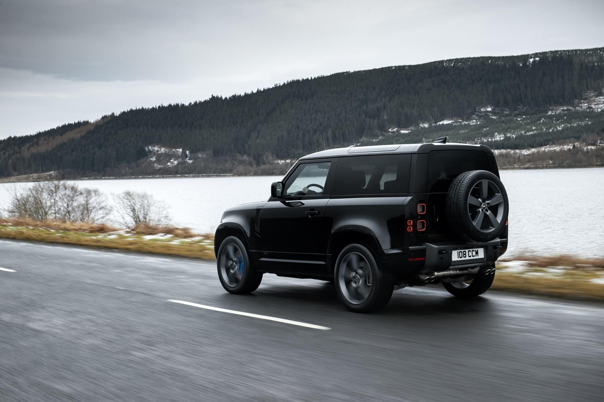 Land Rover Defender V8 2022 0221 036