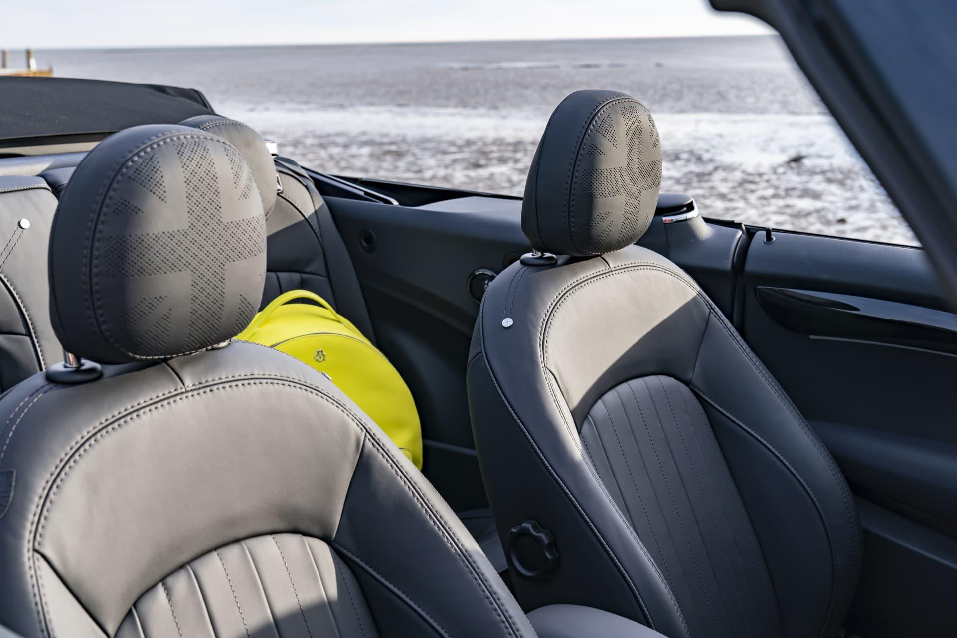 Mini Cabrio 2021 014