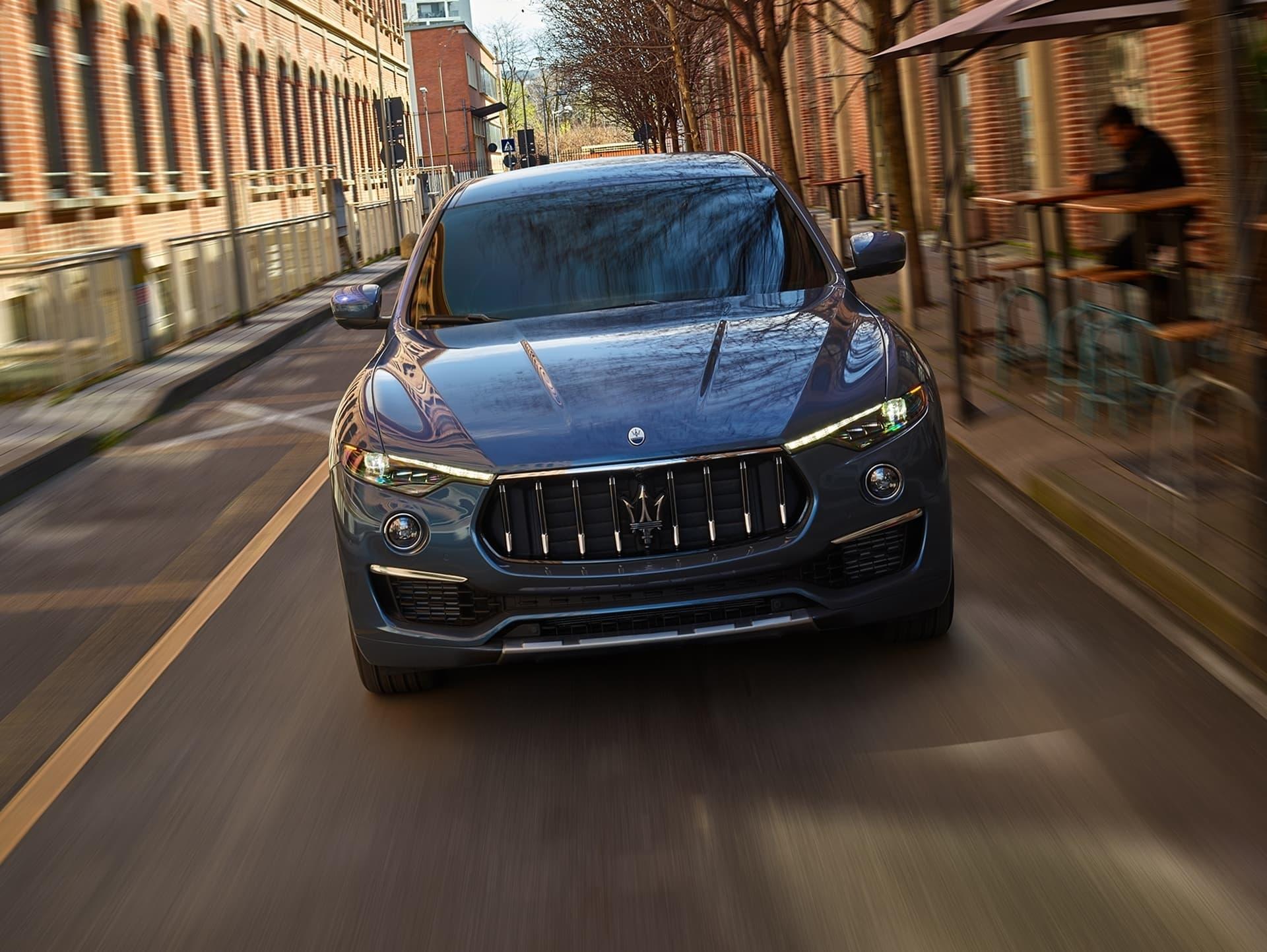 Maserati Levante Hybrid 2021 0421 030
