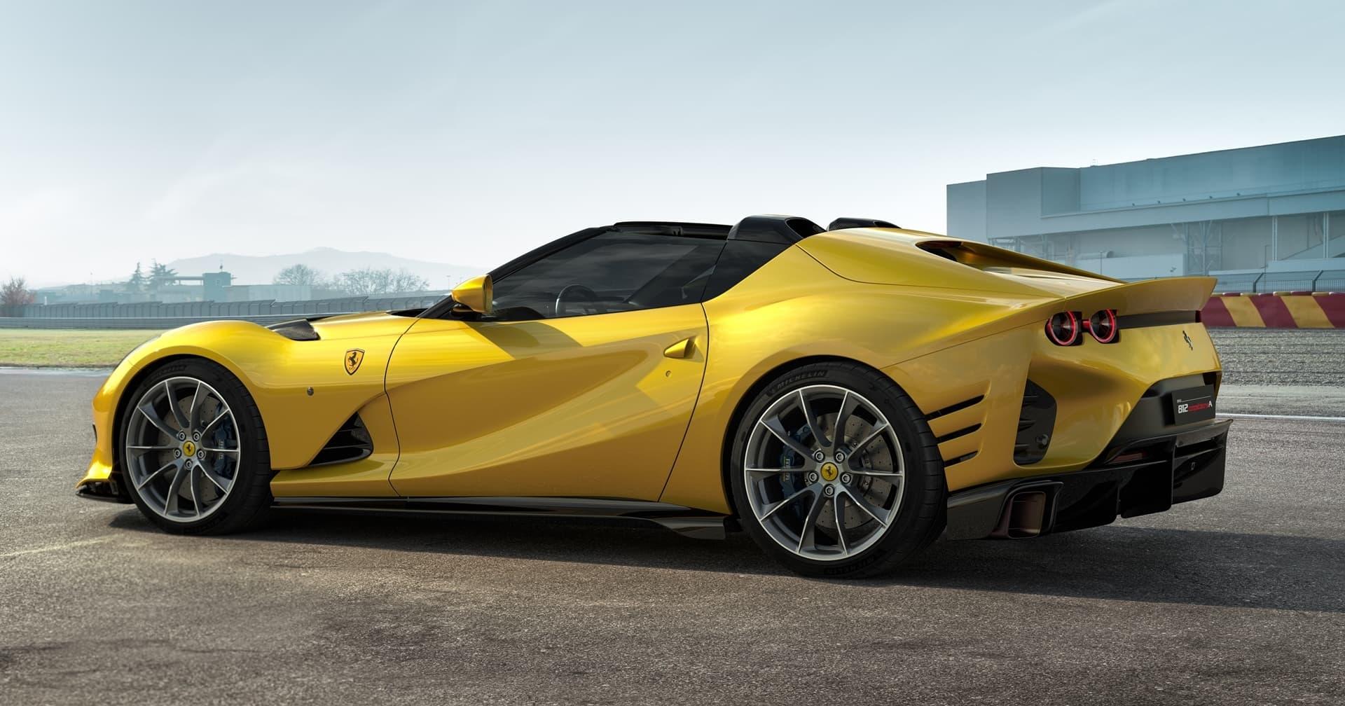 Ferrari 812 Competizione 2021 0521 002