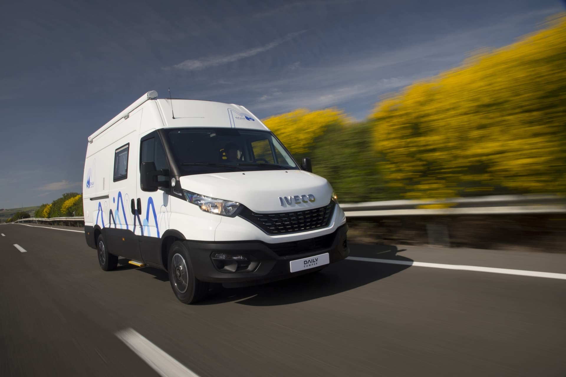 Iveco Daily Camper 2021 02